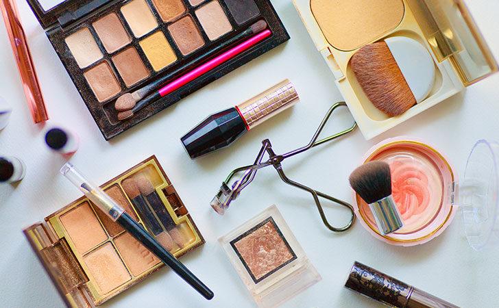 化粧品 増税